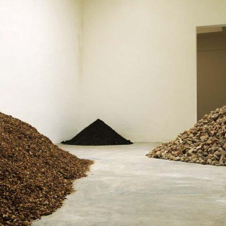 Allestimento Biennale d'Arte padiglione spagnolo 2013 - Lara Almarcegui